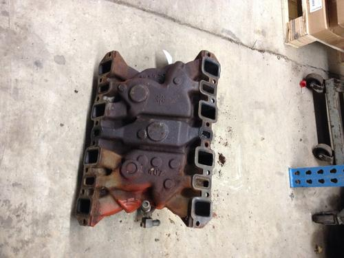 INTERNATIONAL 345 Intake Manifold