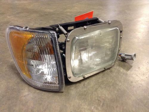 INTERNATIONAL 5900I Headlamp Assembly