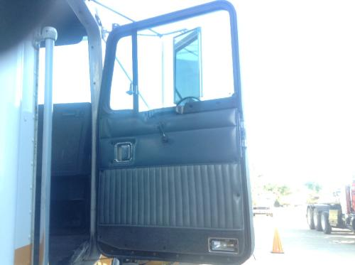 KENWORTH T400 Door Assembly, Front