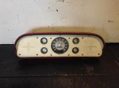 FORD C600 Instrument Cluster