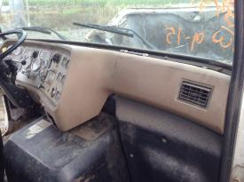 FORD L9000 Dash Assembly