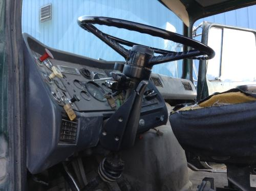 FORD L8000 Steering Column