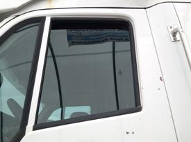 PETERBILT 387 Door Glass, Front