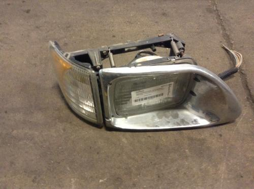 INTERNATIONAL 9200 Headlamp Assembly