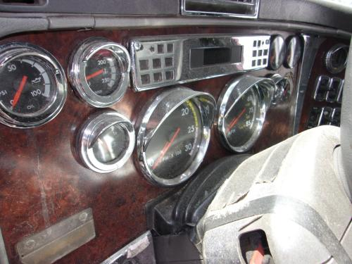 FREIGHTLINER CENTURY 120 Dash Assembly