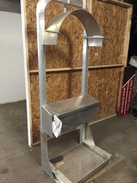 PETERBILT 379 Headache Rack