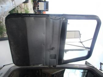 PETERBILT 330 Door Assembly, Front