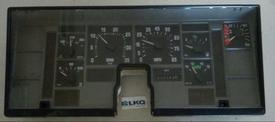 INTERNATIONAL F8100 Instrument Cluster