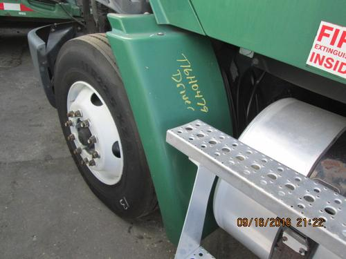 FREIGHTLINER COLUMBIA 112 Fender Extension