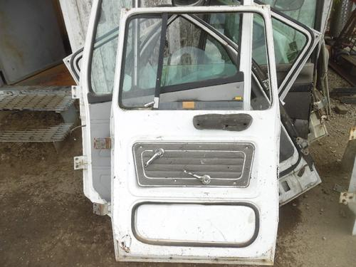 FORD LN800 Door Assembly, Front