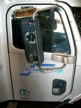 FREIGHTLINER COLUMBIA 120 Door Assembly, Front