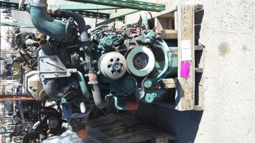VOLVO D16 EPA 10 (MP10) Engine Assembly