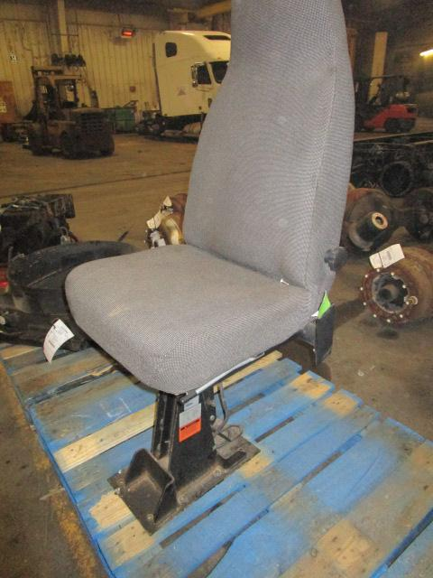 FREIGHTLINER MT55 Seat, Front