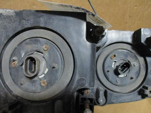 MACK CXN612 Headlamp Assembly