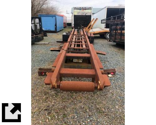 WHITE ROAD XPEDITOR 2 EQUIPMENT, MOUNTED ROLLOFF HOIST ASSEMBLY