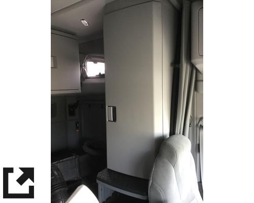 KENWORTH T880 CAB