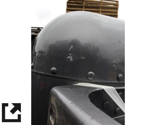 PETERBILT 389 CAB