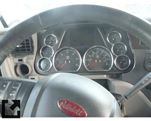 PETERBILT 579 CAB