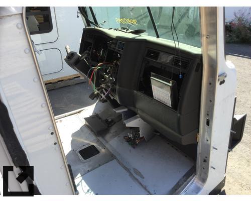 KENWORTH W900L CAB