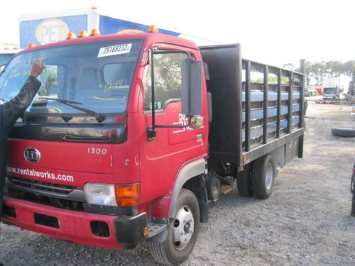 UD TRUCK UD1400 Cab