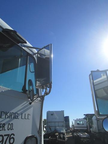 FREIGHTLINER FLB Mirror (Side View)