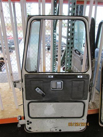 WHITE/GMC WCM Door Assembly, Front