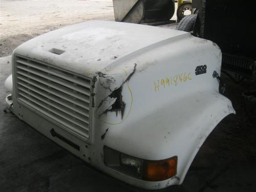 INTERNATIONAL 4700LP Hood