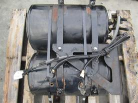 MACK CX613 Air Tank