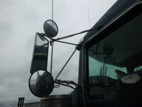 KENWORTH W900 Mirror (Side View)