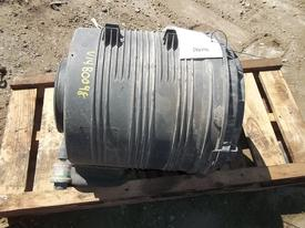 INTERNATIONAL 7600 Air Cleaner