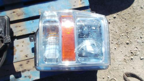 FORD F450SD (SUPER DUTY) Headlamp Assembly