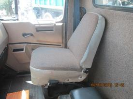 INTERNATIONAL 4600LP Seat, Front