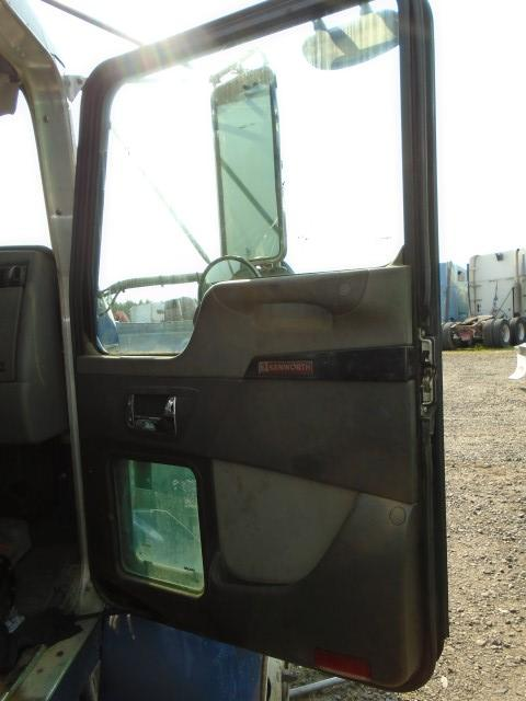 KENWORTH T370 Door Assembly, Front