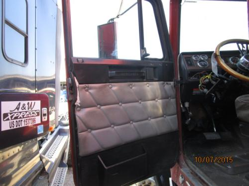 FREIGHTLINER FLD132 CLASSIC XL Cab
