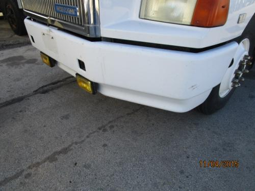 WHITE/GMC WCA Bumper Assembly, Front