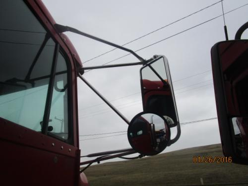 FREIGHTLINER FLD120 SD Mirror (Side View)