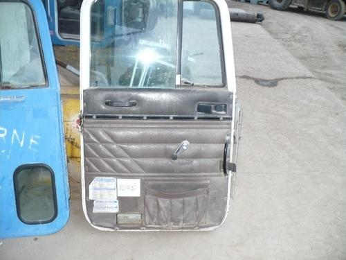 INTERNATIONAL 5000 Door Assembly, Front