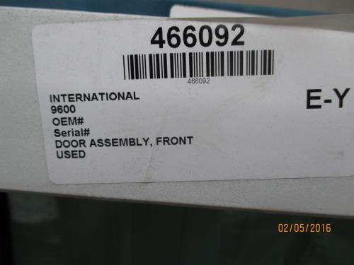 INTERNATIONAL 9600 Door Assembly, Front