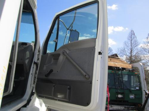 FORD L9501 Door Assembly, Front
