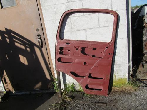 MERCEDES-BENZ 1117 Door Assembly, Front