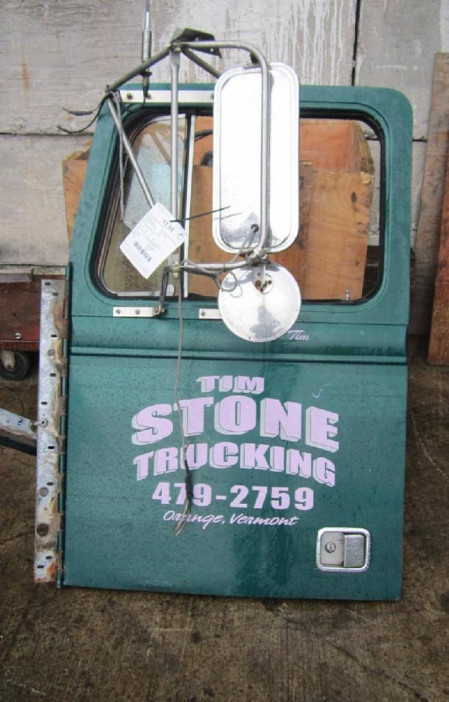 1988 Door Assembly Front WESTERN STAR TR 4900 Price 60000