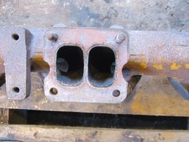 International DTA 360 Exhaust Manifold