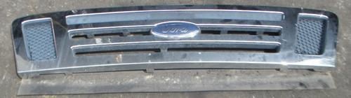 FORD CAB FORW 4 Grille