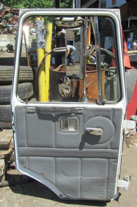 VOLVO WXR Door Assembly, Front