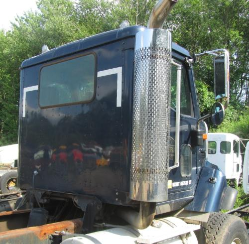 INTERNATIONAL 5600I Cab