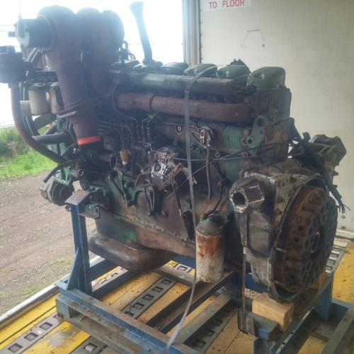 Volvo TD121 Engine Assembly
