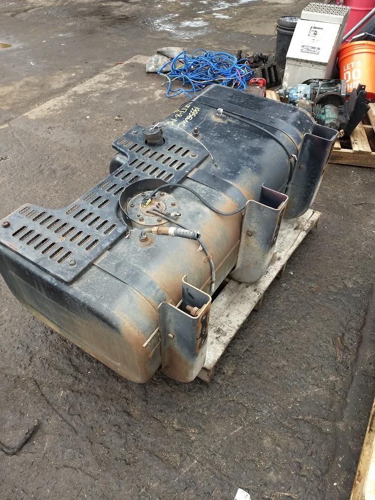 Fuel Tank | Trucks Parts For Sale