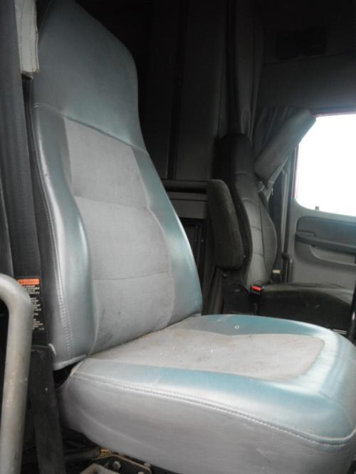 FREIGHTLINER CENTURY CLASS 120 Seat, Front