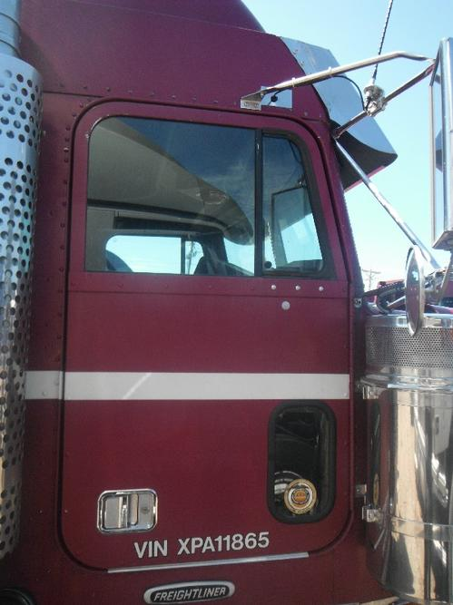 FREIGHTLINER CLASSIC Door Assembly, Front