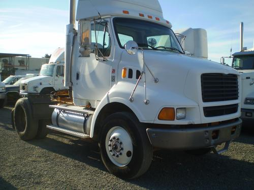 FORD L8513 LOUISVILLE 113 Cab